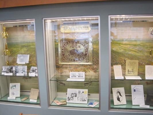 Blog exhibit case 022