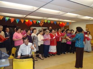 Flemingdon Park's Chinese seniors singing and dancing group