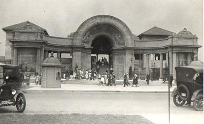 Sunnyside-bathing-pavilion-1922-08-07