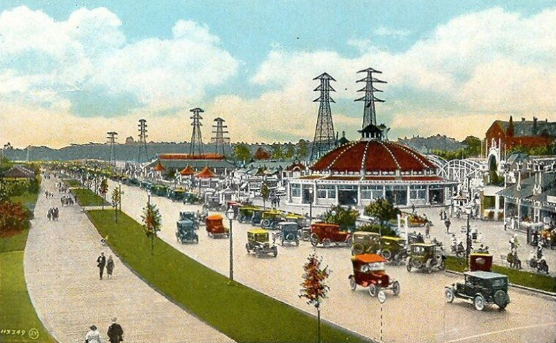 Sunnyside_Boardwalk_Toronto_1931