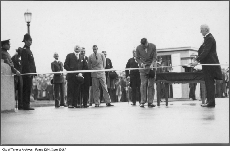 Prince of Wales opens the Princes' Gates CNE  Toronto Archives Fonds 1244 Items 1018A