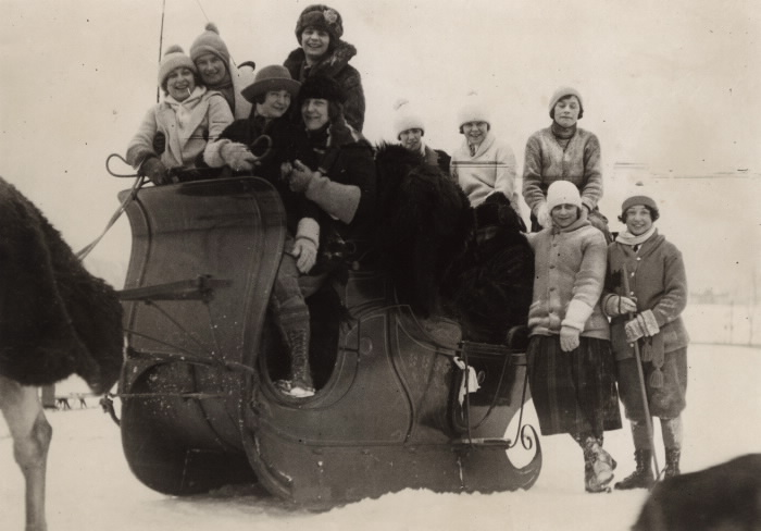 1925 High Park -  a crowd of merry-makers surrounding the Quebec sleigh of  Ralph Connable