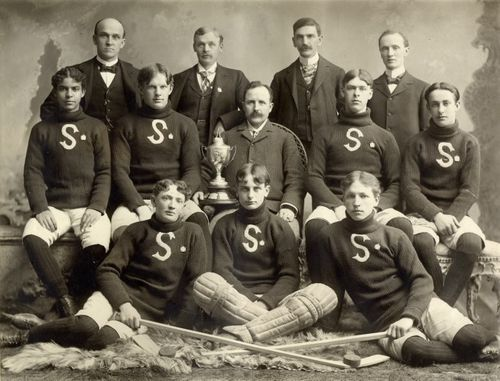 Stratford Hockey Team 1900