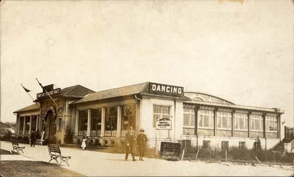 Palais_Royale_1930s