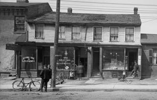 Mr. Lee Hong's laundry, 48 Elizabeth Street  1912