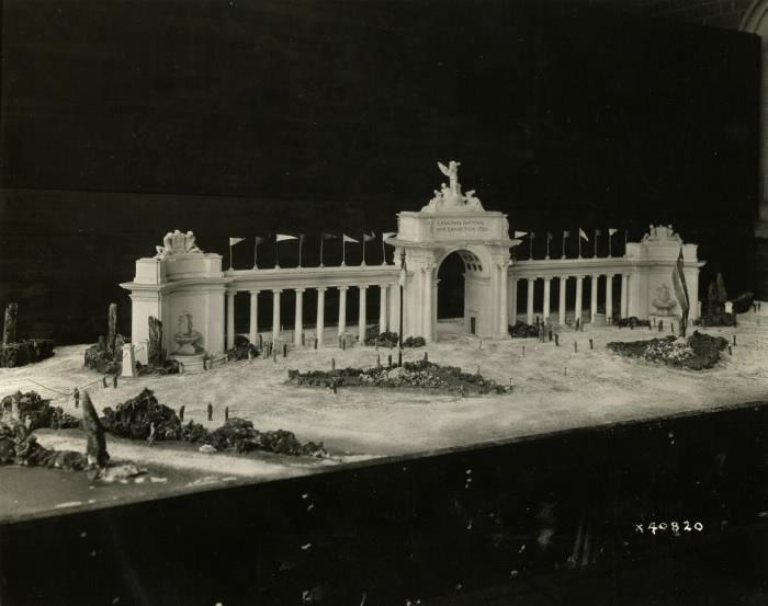 Princes' Gates model 1926