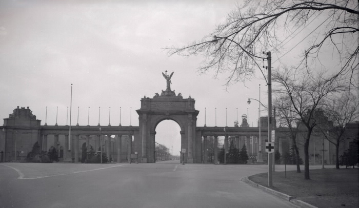 Princes' Gates looking west James Victor Salmon 1952