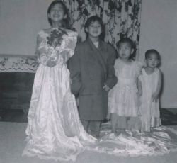 Denise and her siblings reprise their parents' wedding