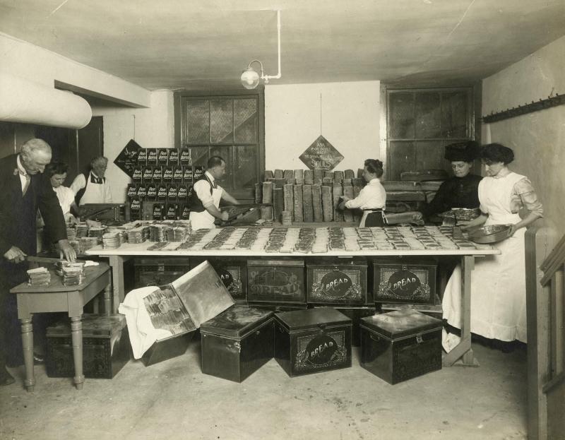 Sandwich Department 1912 vintage photo Yonge Street Mission