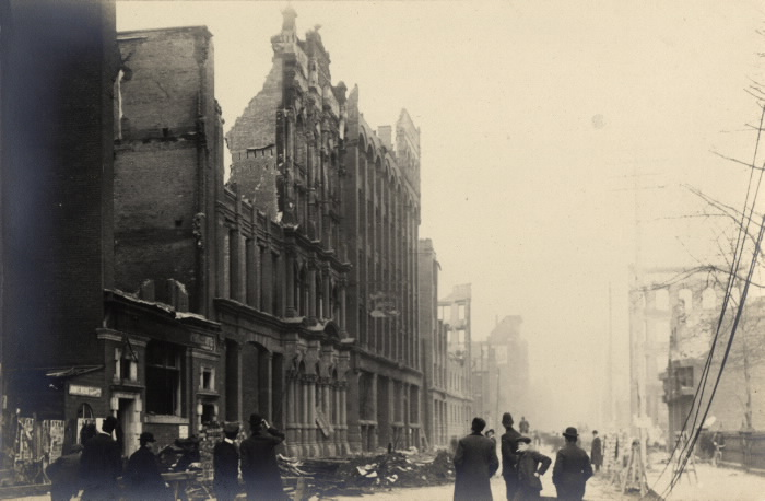 Fire (1904); aftermath of fire  Wellington St. W.  looking e. to Bay St pictures-r-1858