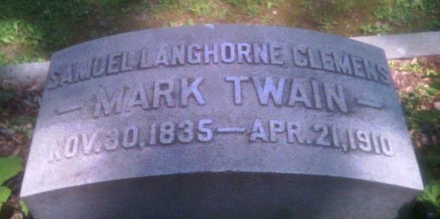Mark Twain gravestone