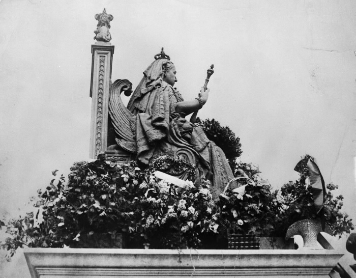 Statue of Queen Victoria in Queen's Park Toronto, 1913, decorated on Empire Day