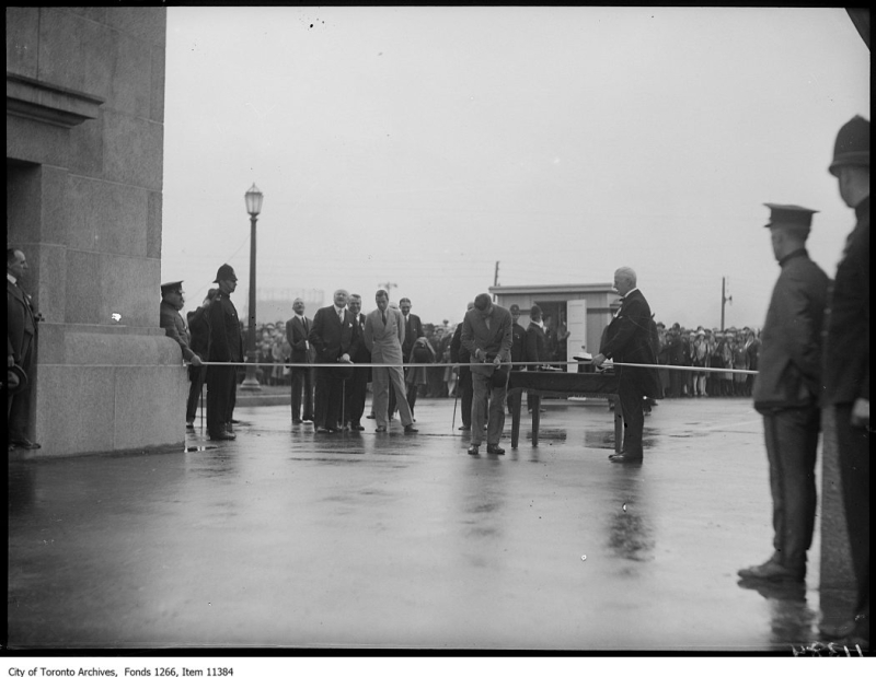 C.N.E. Prince's Gate Prince of Wales cutting ribbon August 30, 1927 Toronto Archives Globe and Mail fonds Fonds 1266, Item 11384