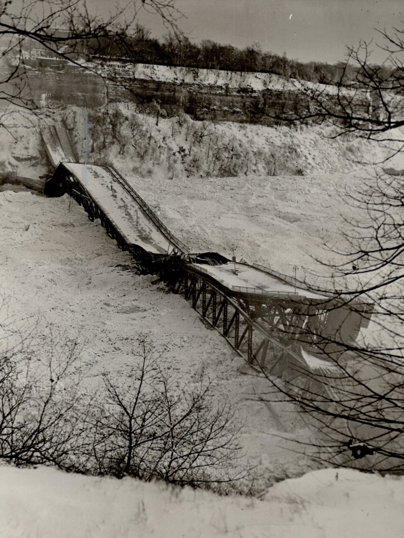 Collapse of Duplessis Bridge recalls the twisted mass of girders which was once the Niagara Falls View bridge. Picture taken by unknown photographer in 1937