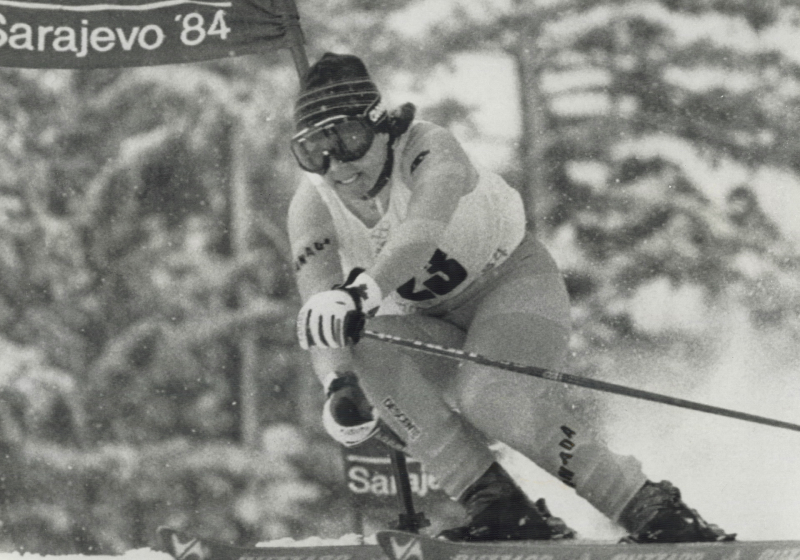Laurie Graham in a ski race