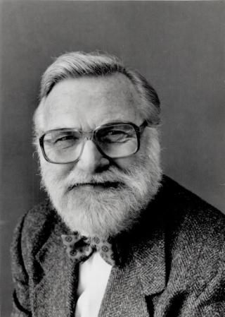 Reg Innell portrait