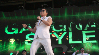 Gangam Style Psy Dancing