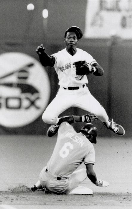 Tony Fernandez 1990