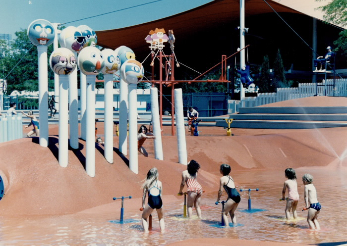 1986 photo Children's Village Ontario Place water feature fountains