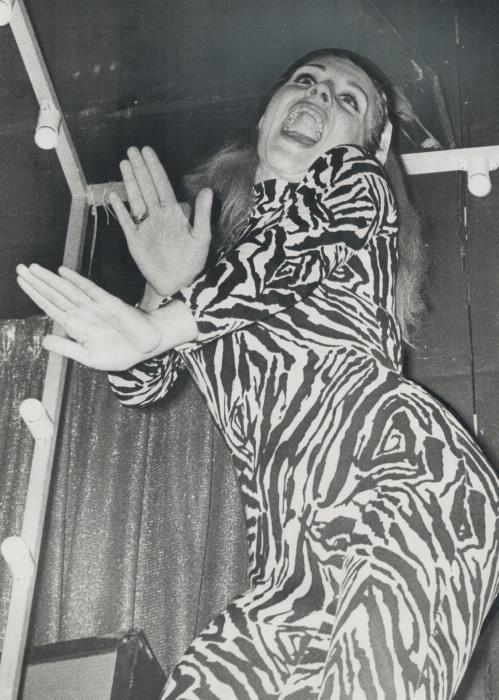 1966 vintage photo Sandy Leigh go go dancer.