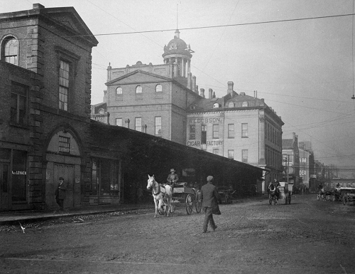 St. Lawrence Market. North Market (1850-1904)  Front Street East  north side  between Market & Jarvis Streets.  showing east side  before alterations  1898