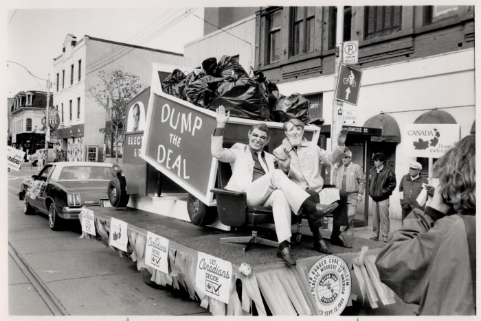 1988 Labour Day Parade Toronto - Prime Minister Brian Mulroney and U.S. President Ronald Reagan images to protest Free Trade