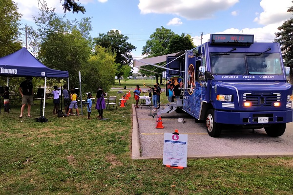 Bookmobile at Edgely Park