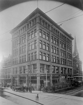 Black and White photograph of the Simpson's Department Store on the corner of Yonge and Queen